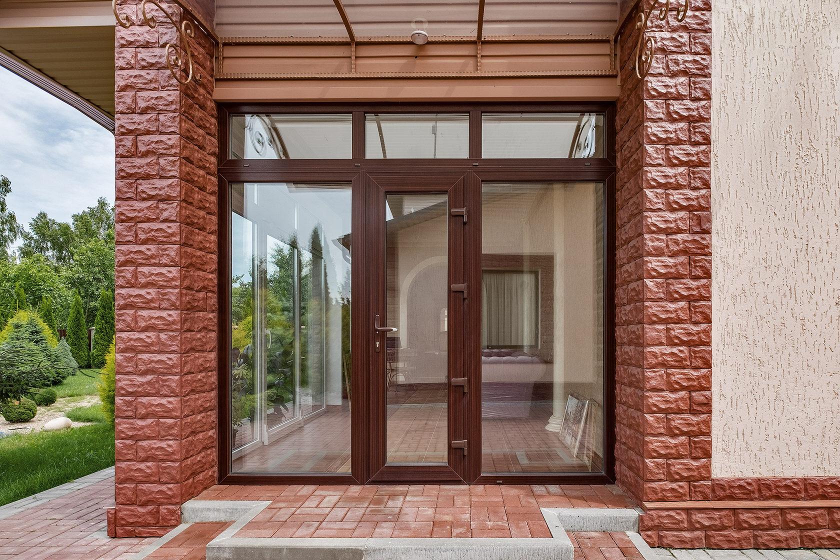 Примеры применения алюминиевых дверей 3