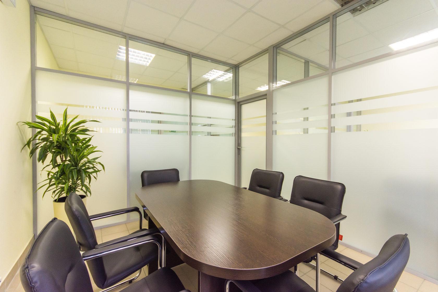 Примеры применения алюминиевых офисных перегородок 3